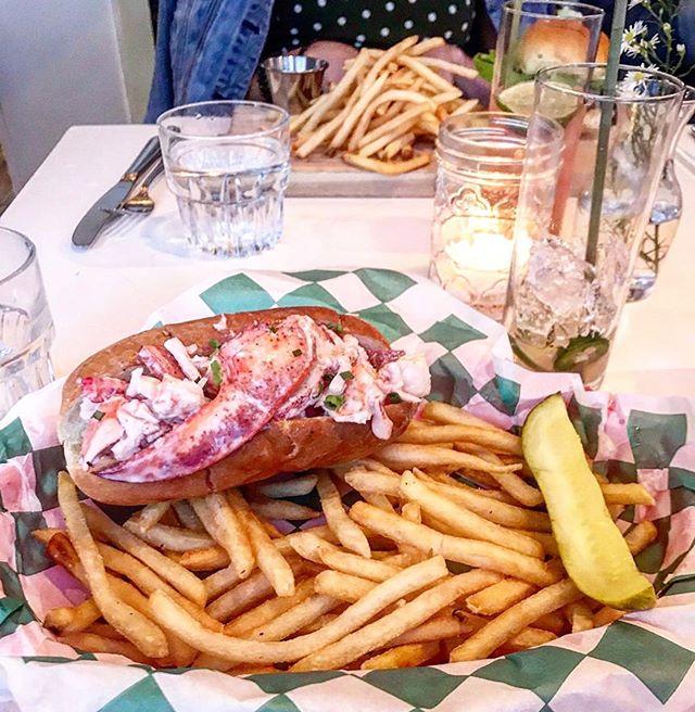 Lobster Rolls & Dreams 🦞✨ #FreakinWeekend (📷: @mayihavesomemoreplz)