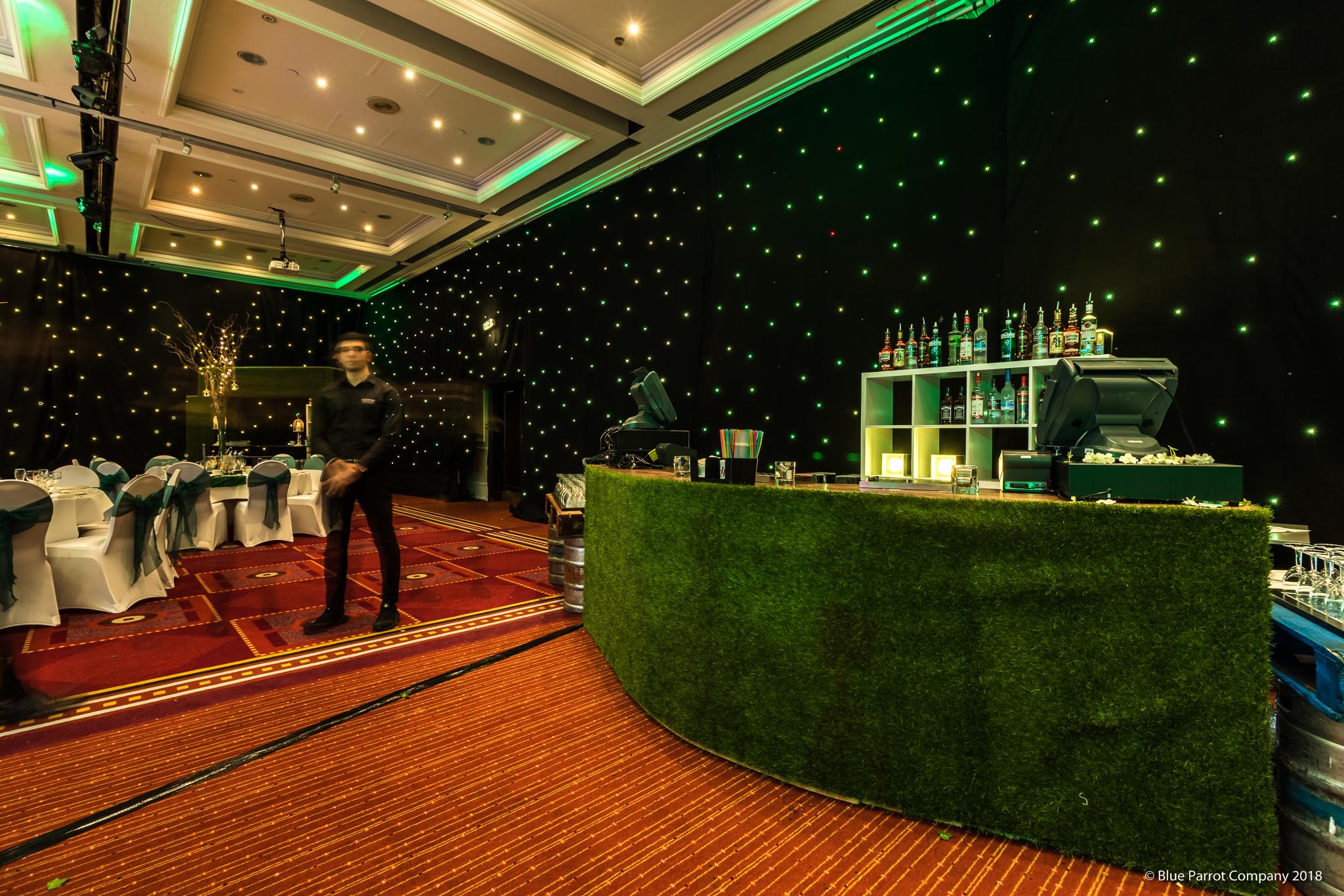 Curved Grass Bar