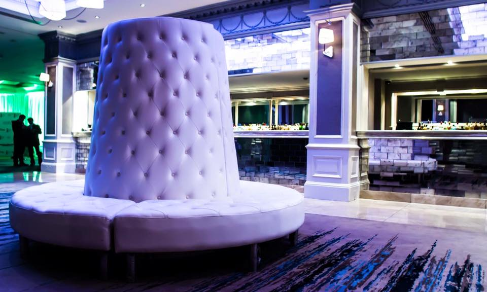 White Chesterfield Pod Tower Seating