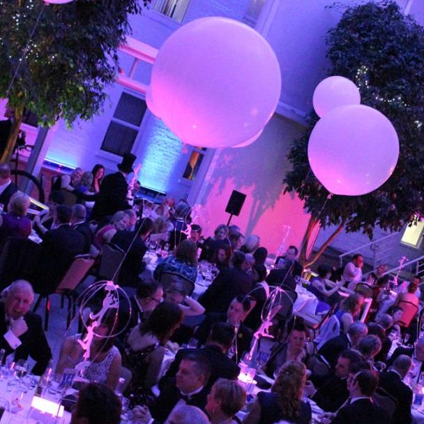 Glow Bubble Table Centre