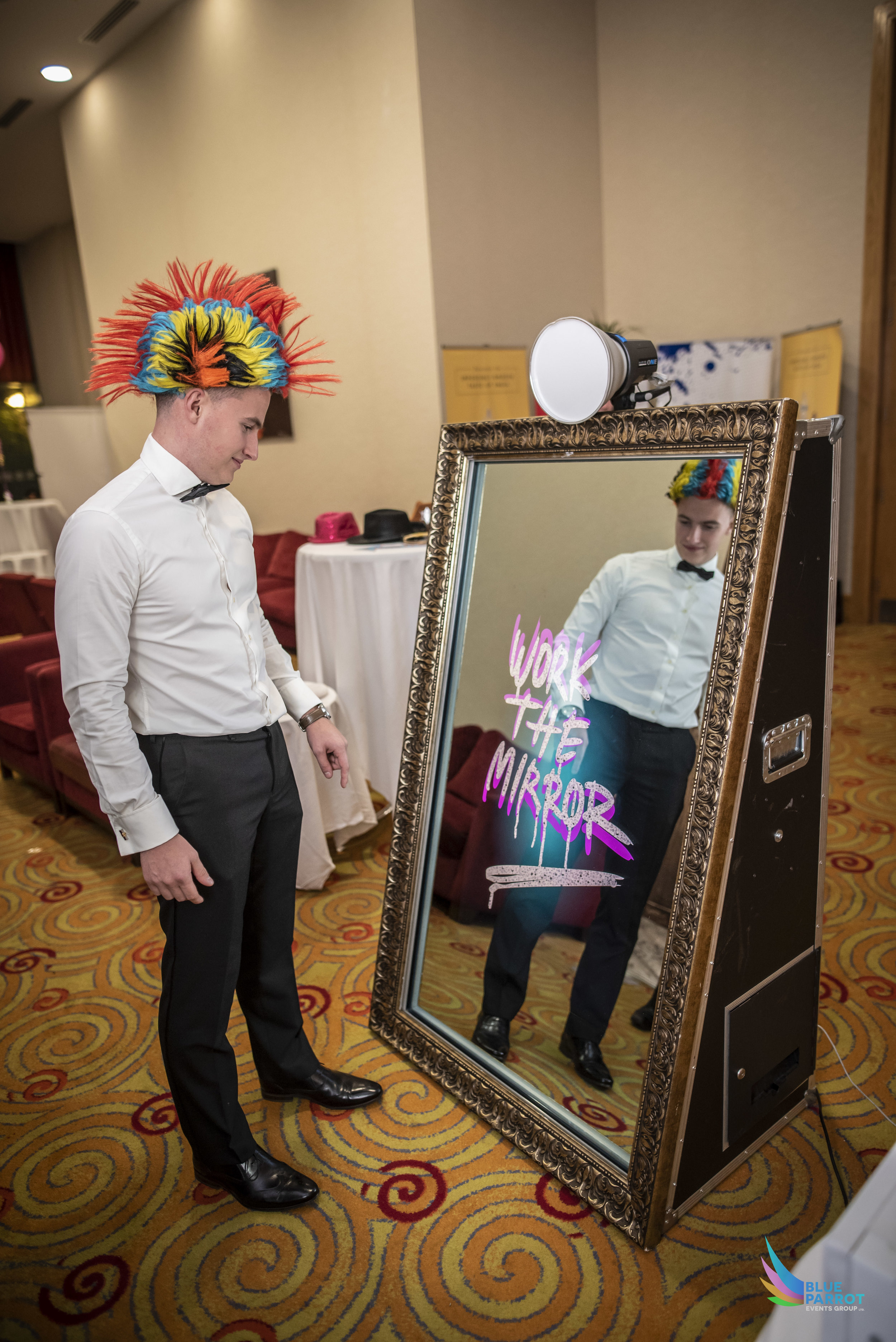 Mirror booth image.jpg