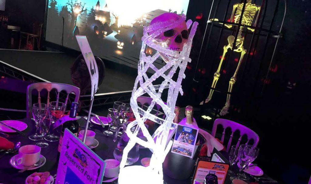 Halloween skull table centre.jpg