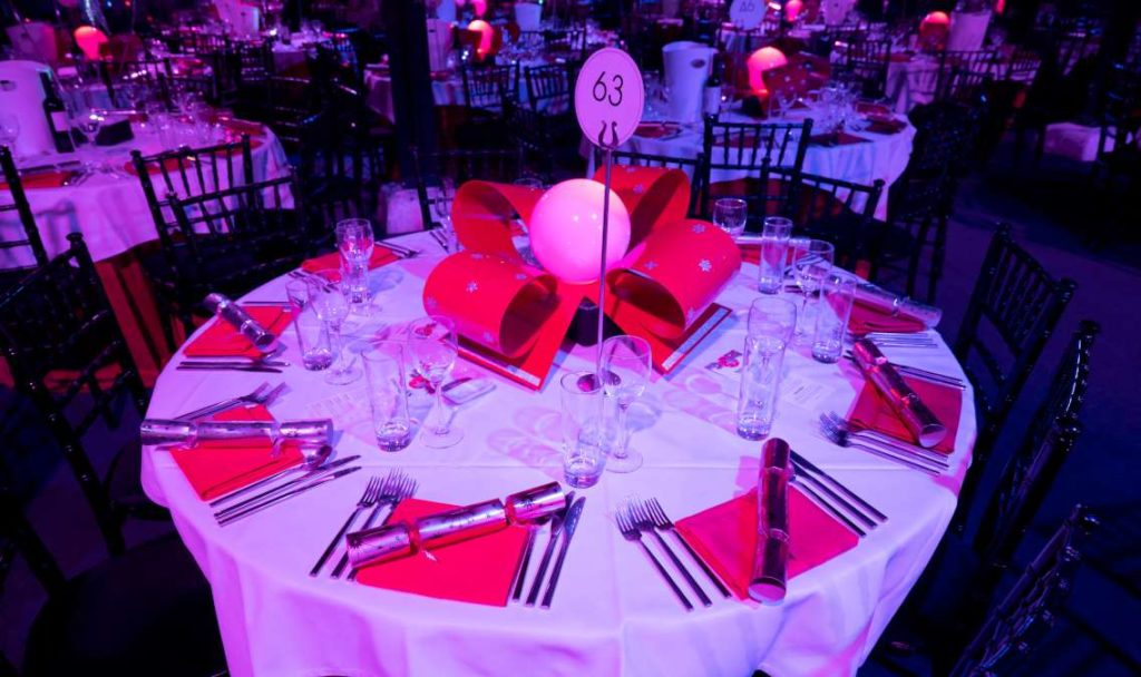 Christmas ribbon Table Centre