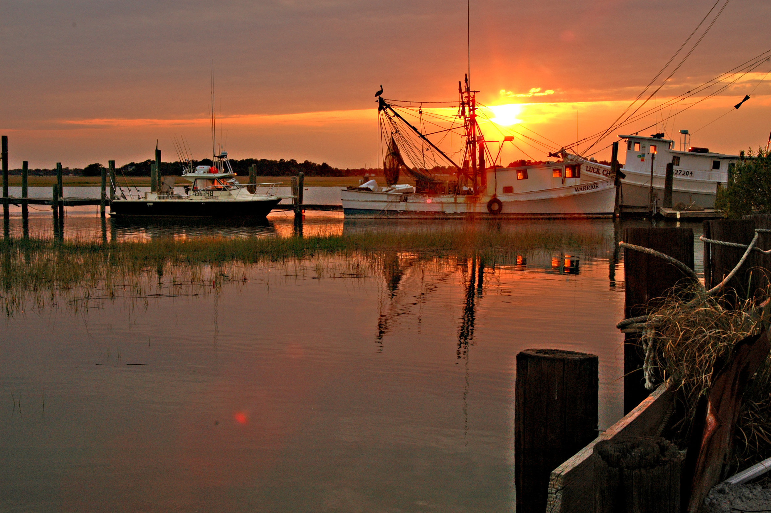 Folly Beach Sunset Boat Tours