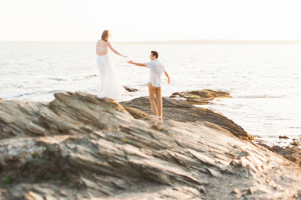 ELOPEMENT - *less than 50 guests4 HOURS OF PHOTO COVERAGESIGNATURE IMAGE PROCESSINGHIGH RESOLUTION FILES2550