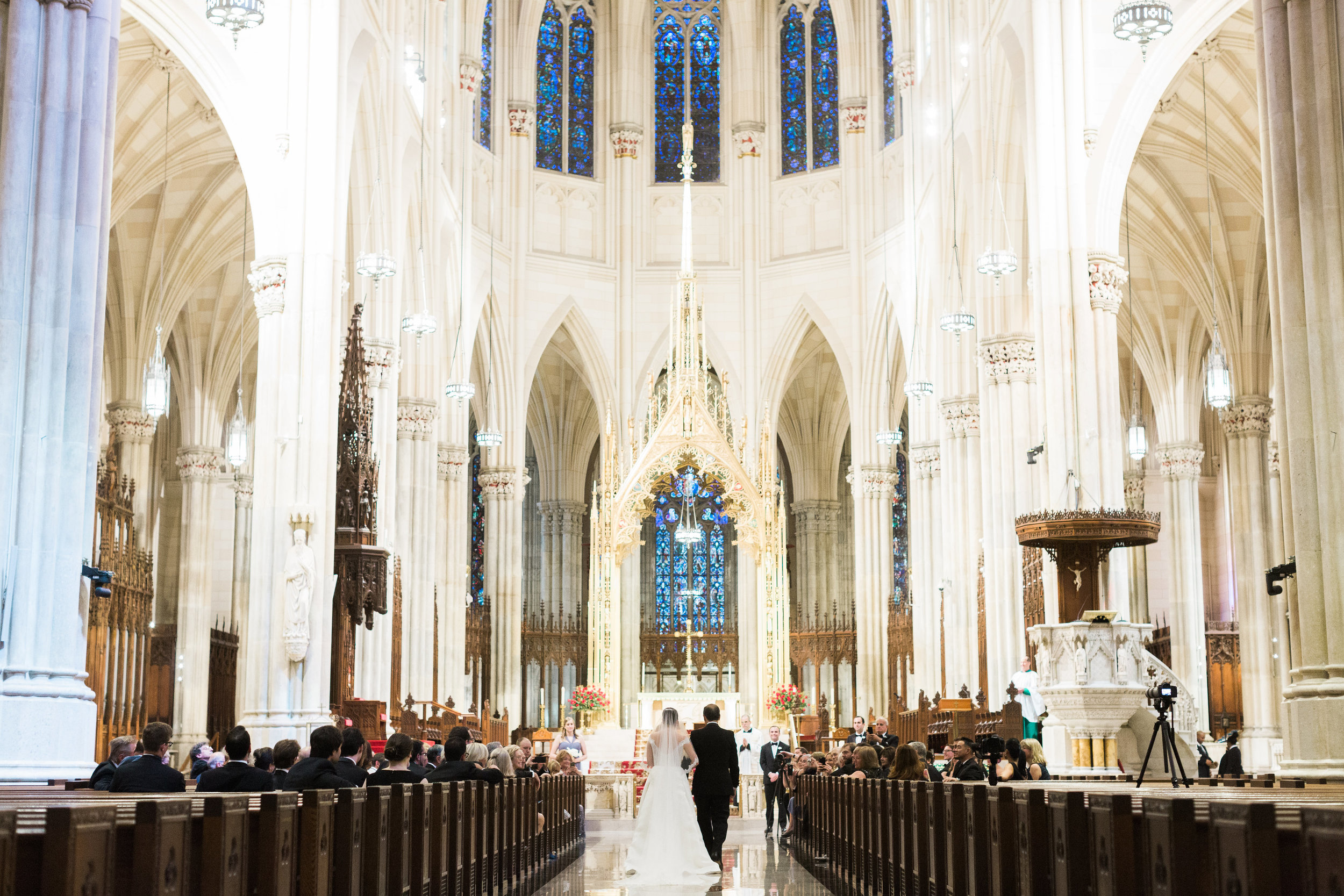 JUDYPAK-277-StPatricks-Cathedral-wedding.jpg