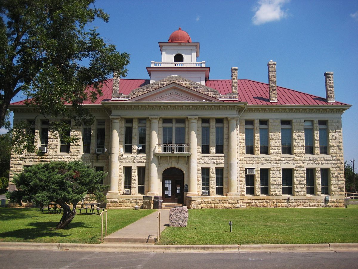 Blanco County Courthouse..jpg