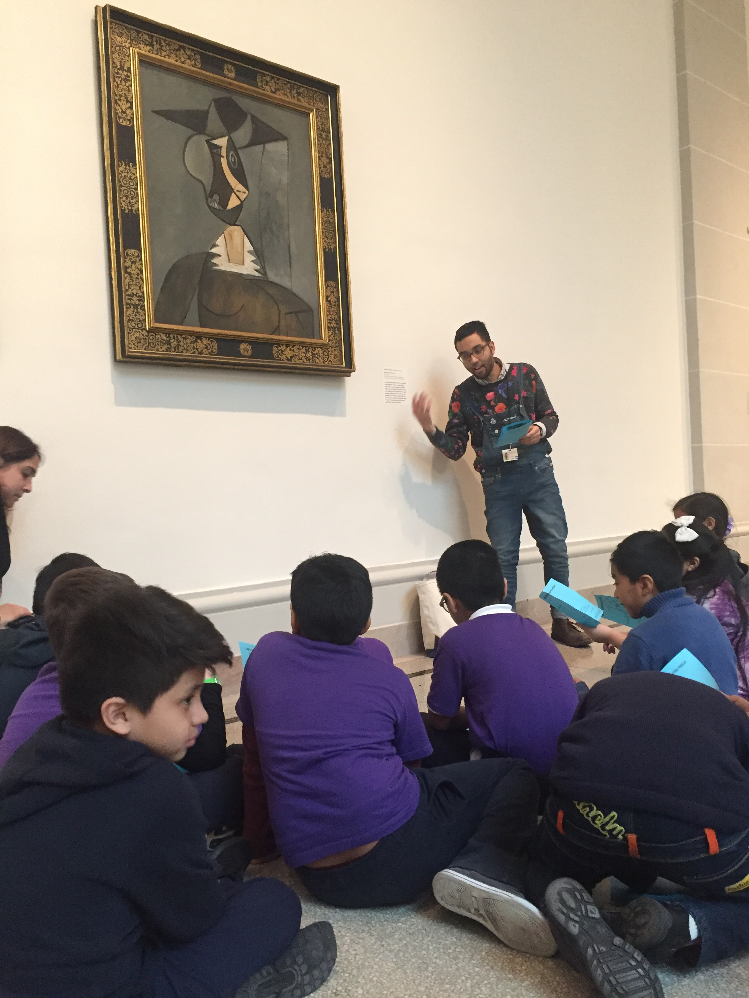 Teaching an Educator Led Lesson at the Brooklyn Museum, 2018. (Photo: Ximena Izquierdo Ugaz)