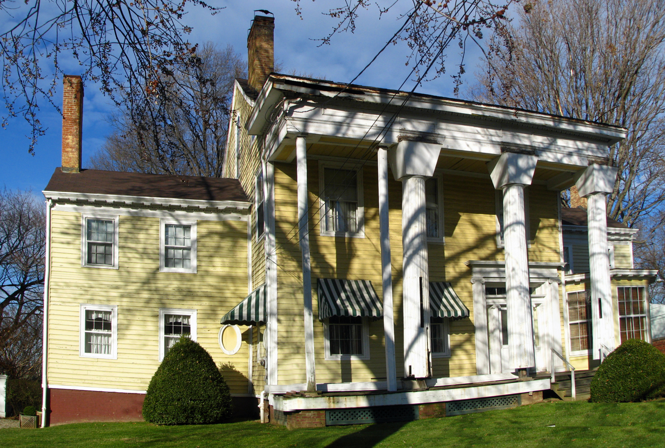 Pan of JJT House 12-8-2008 205PM CPSS51S 1.jpg