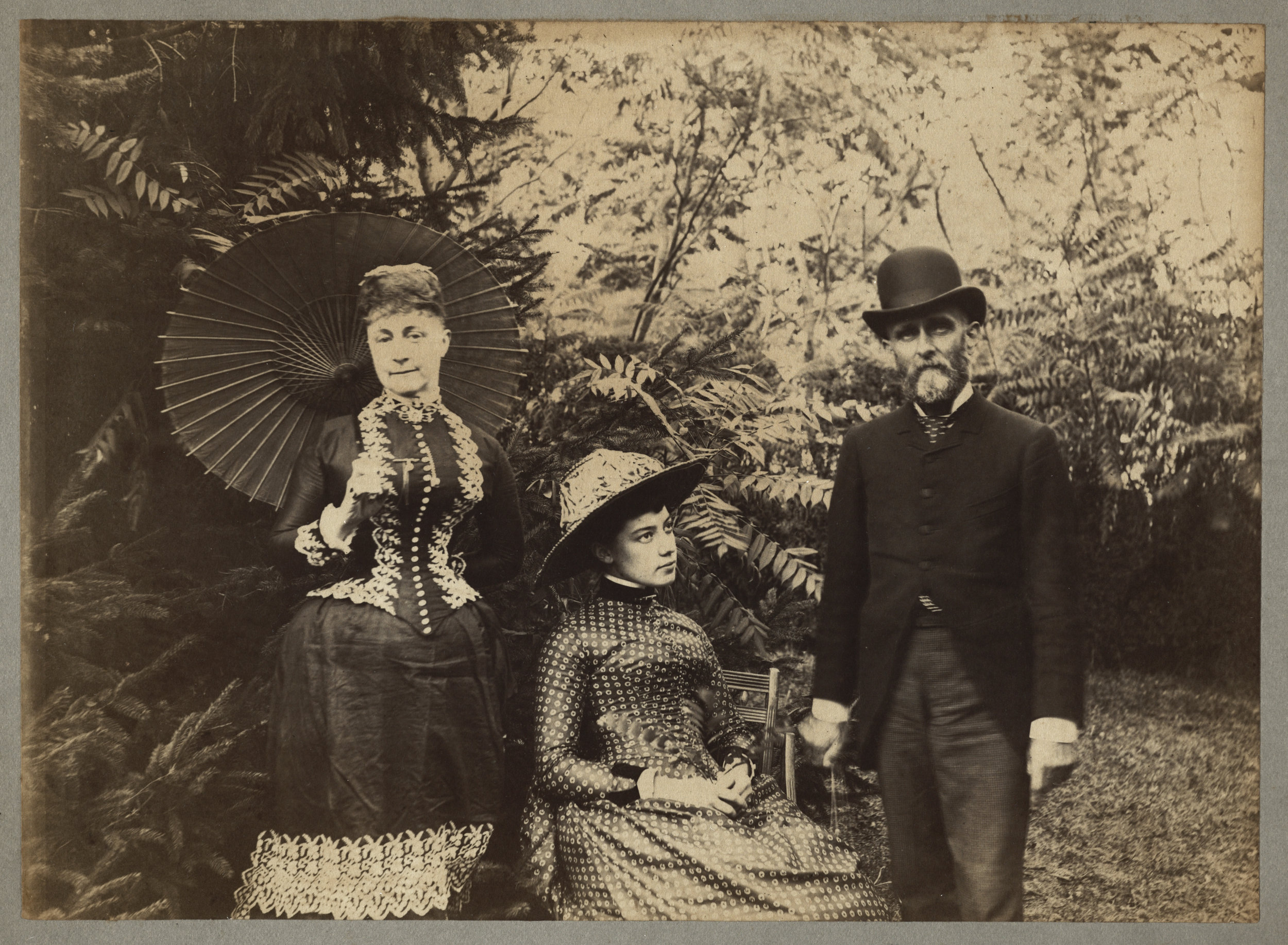 Alice Austen with her Aunt Minn and Uncle Oswald, 1884.