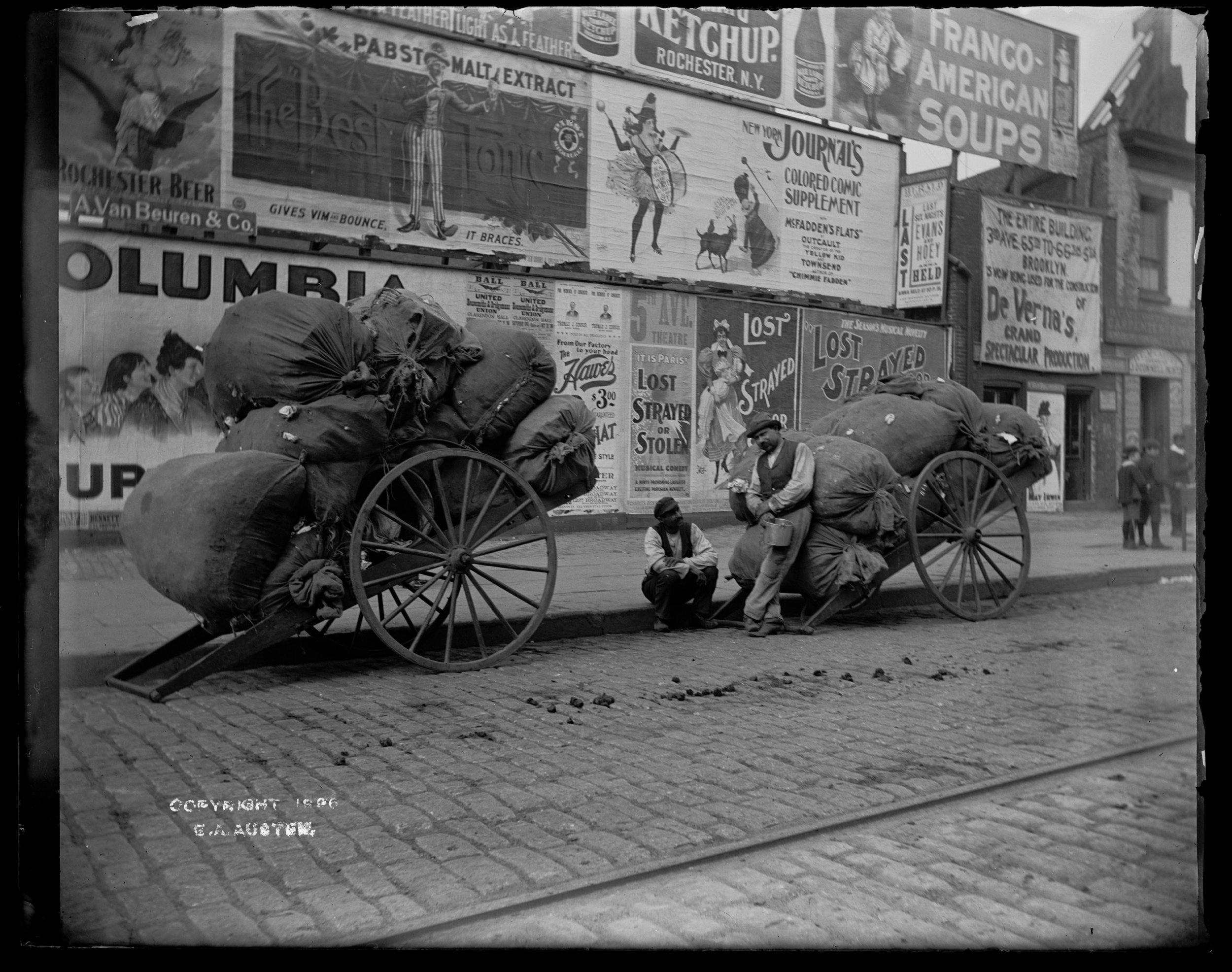 """Rag pickers & loaded carts,"" 23rd Street and Third Avenue, Manhattan, October 30, 1896"