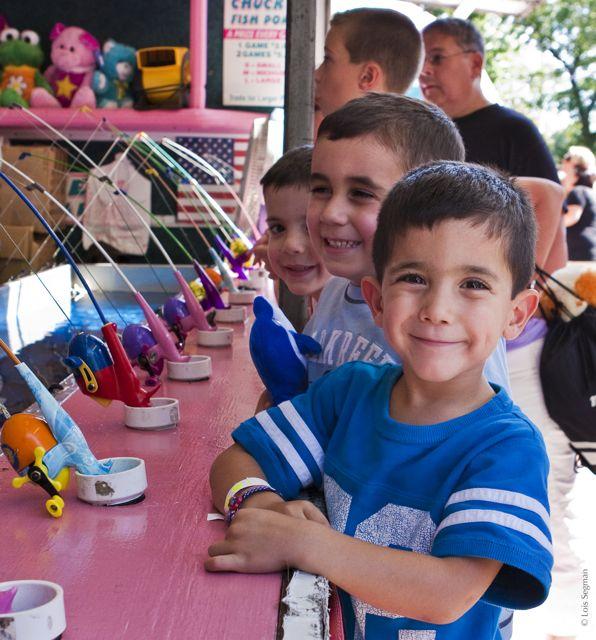 RC Fair © Lois Segman 2009-09-13_403569 three little fishing boys (1).jpg