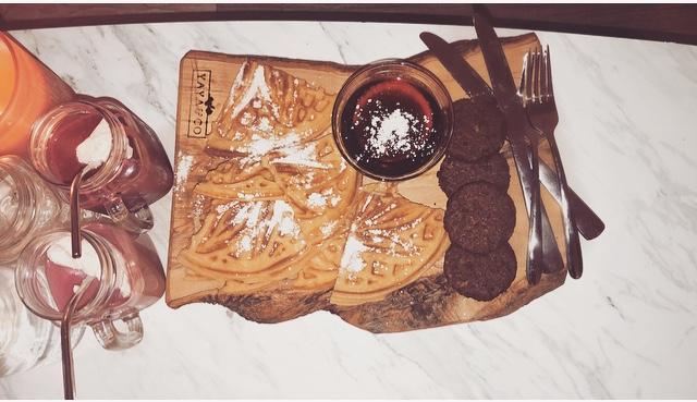 Yaya & Co. Hand Carved Olive Wood Board