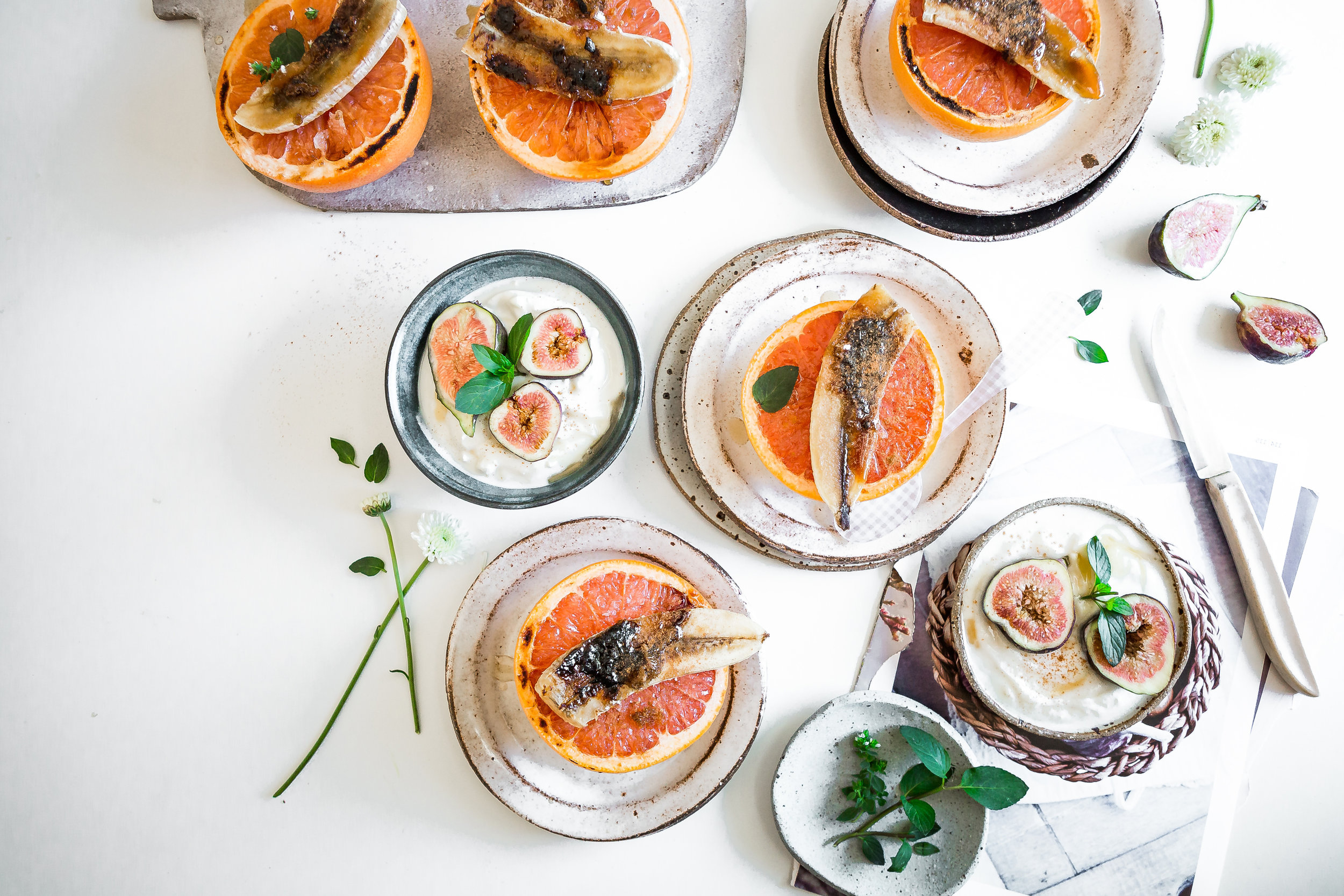 tHE BLOG - A recipe and wellness blog where Laura shares her delicious healthy recipes, tutorials, along with her expert wellness tips. Her simple recipes are easy to follow and quick to prepare. The recipes are nutrient-dense and designed to fuel your body for optimal wellness.