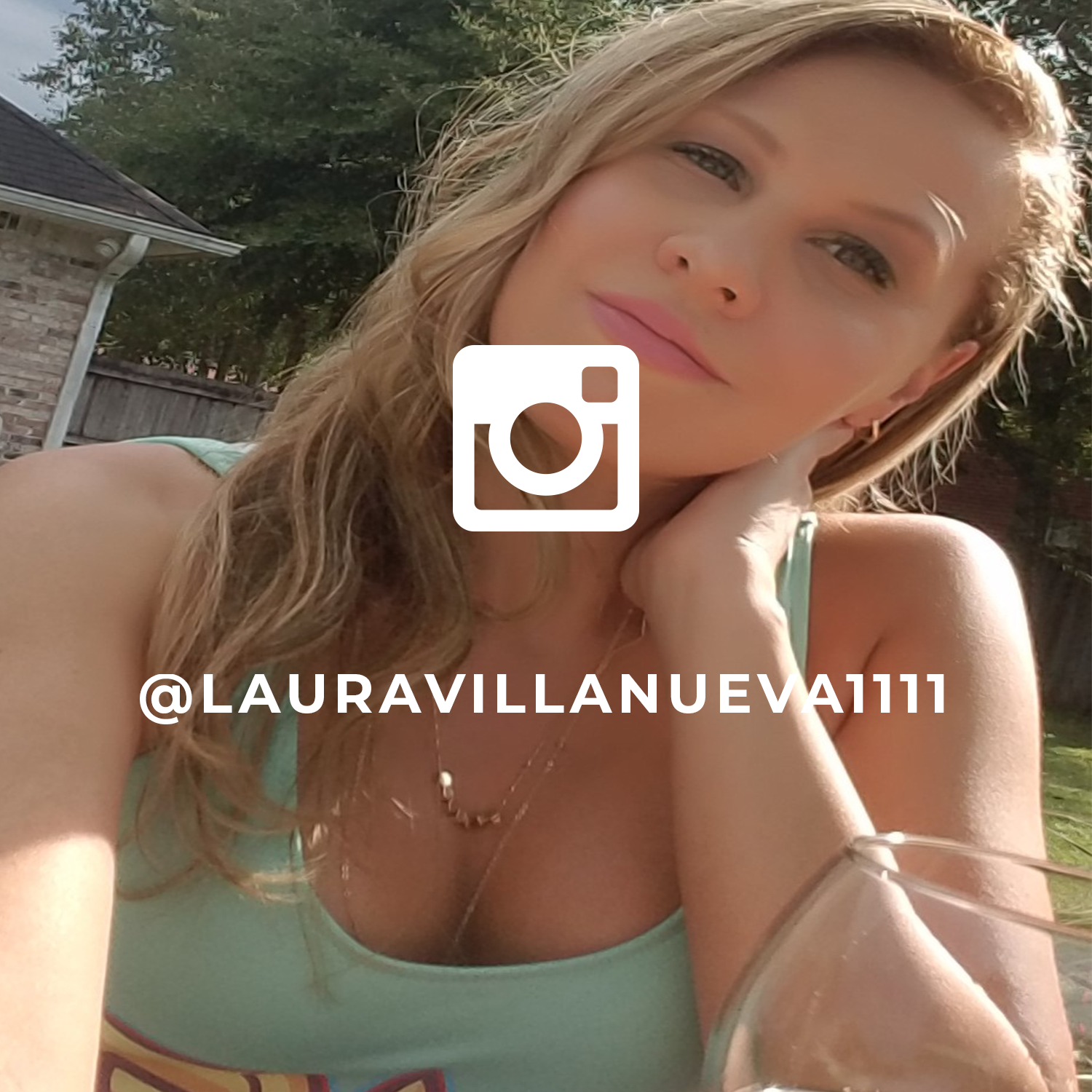 Laura instgramfeature.png