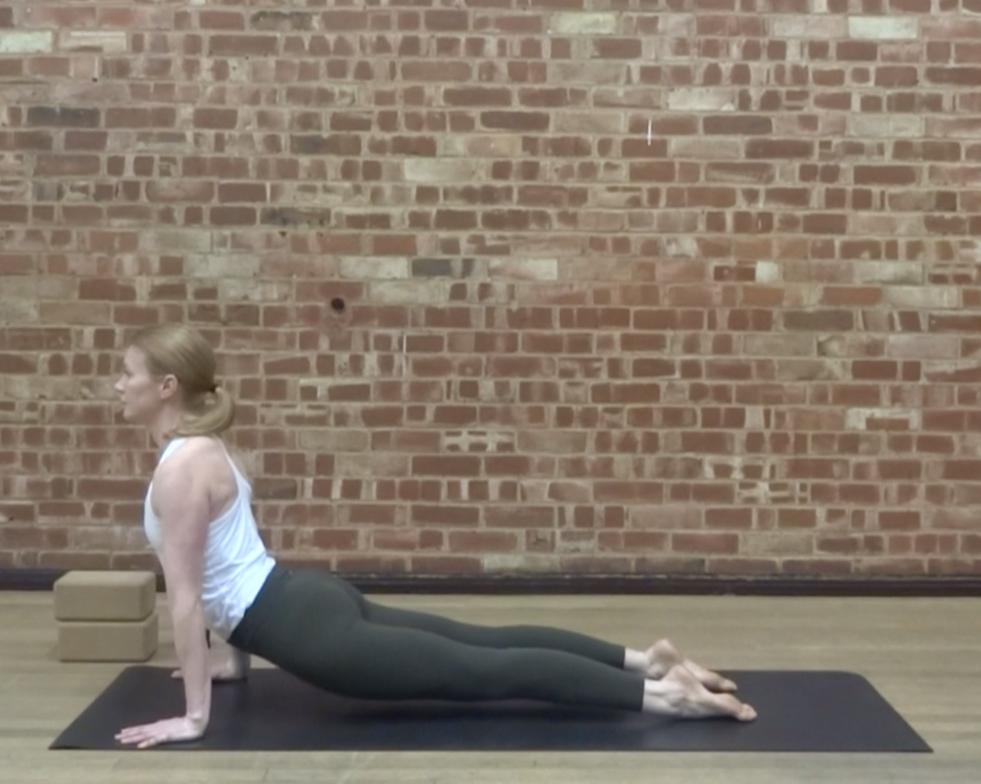 THE ATHLETE'S TOTAL BODY SERIES - This 3 week series covers the main problem areas that sports people typically have. Each week there are 4 vinyasa flow classes: one for the hips, glutes and legs, one for the back and abs, one for the shoulders and arms and finally a