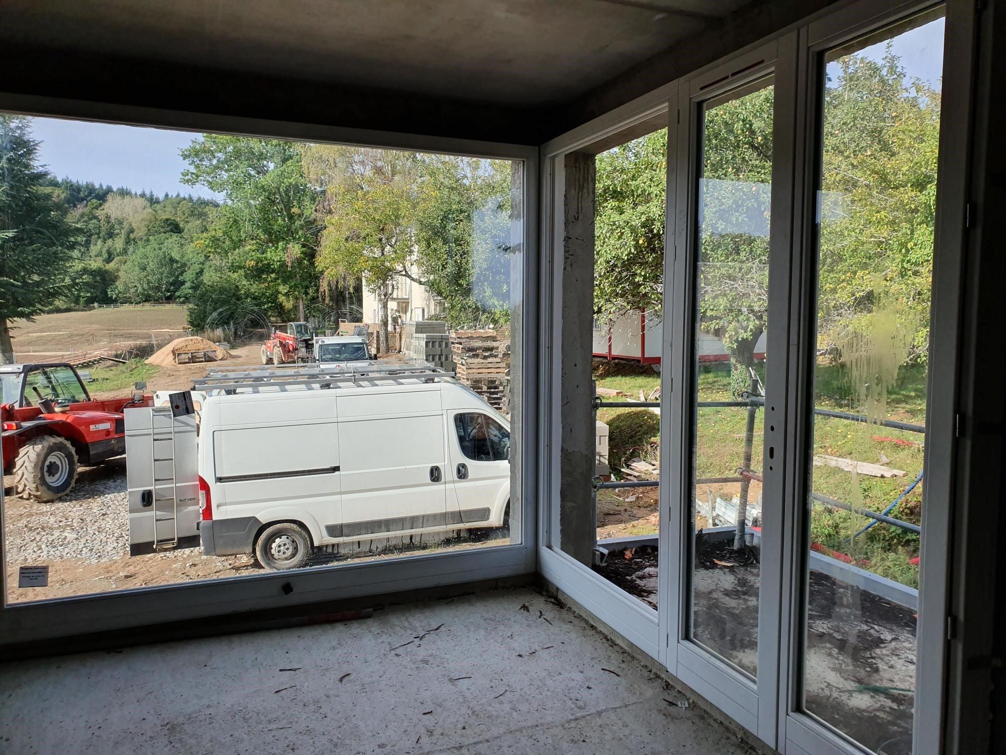 studi0 41 windows internal.jpg