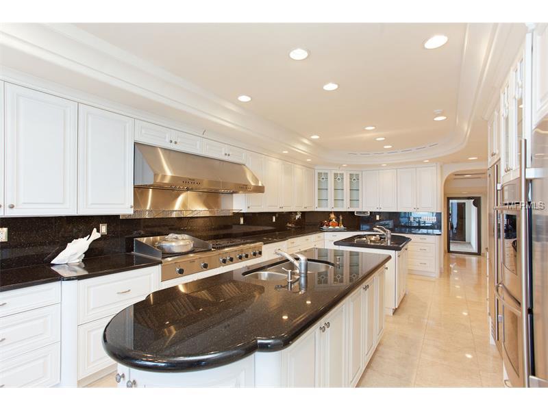 kitchen lido shores.jpg