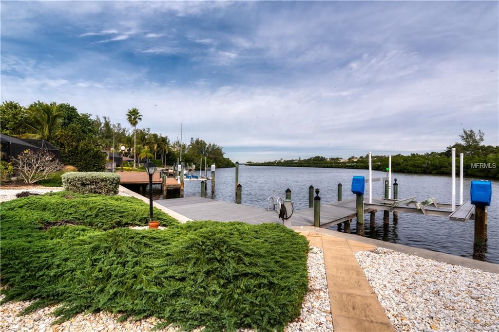 4 winslow dock.jpg