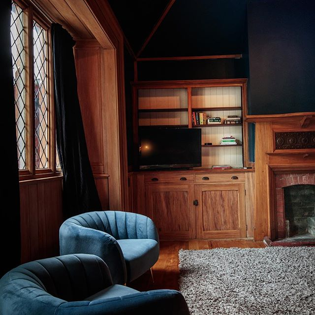Red house 25, peaceful and calm interiors. #redhouse25 #christchurch #stay #heritage