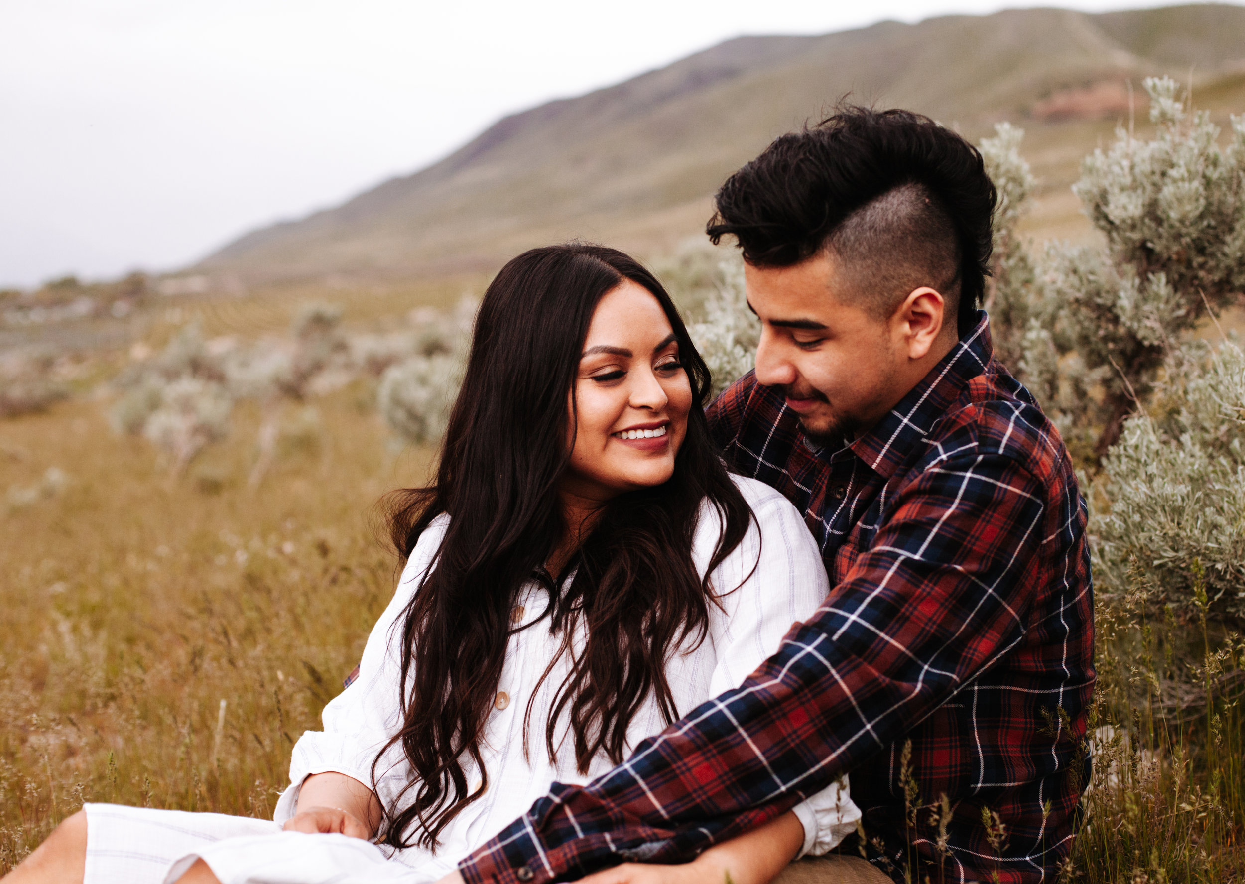 +Grassy Fields +Windy Engagement Sessoin +Utah Engagement  Photographer +SLC Engagement +Utah Wedding Photographer +Marina Rey Photo--24.jpg