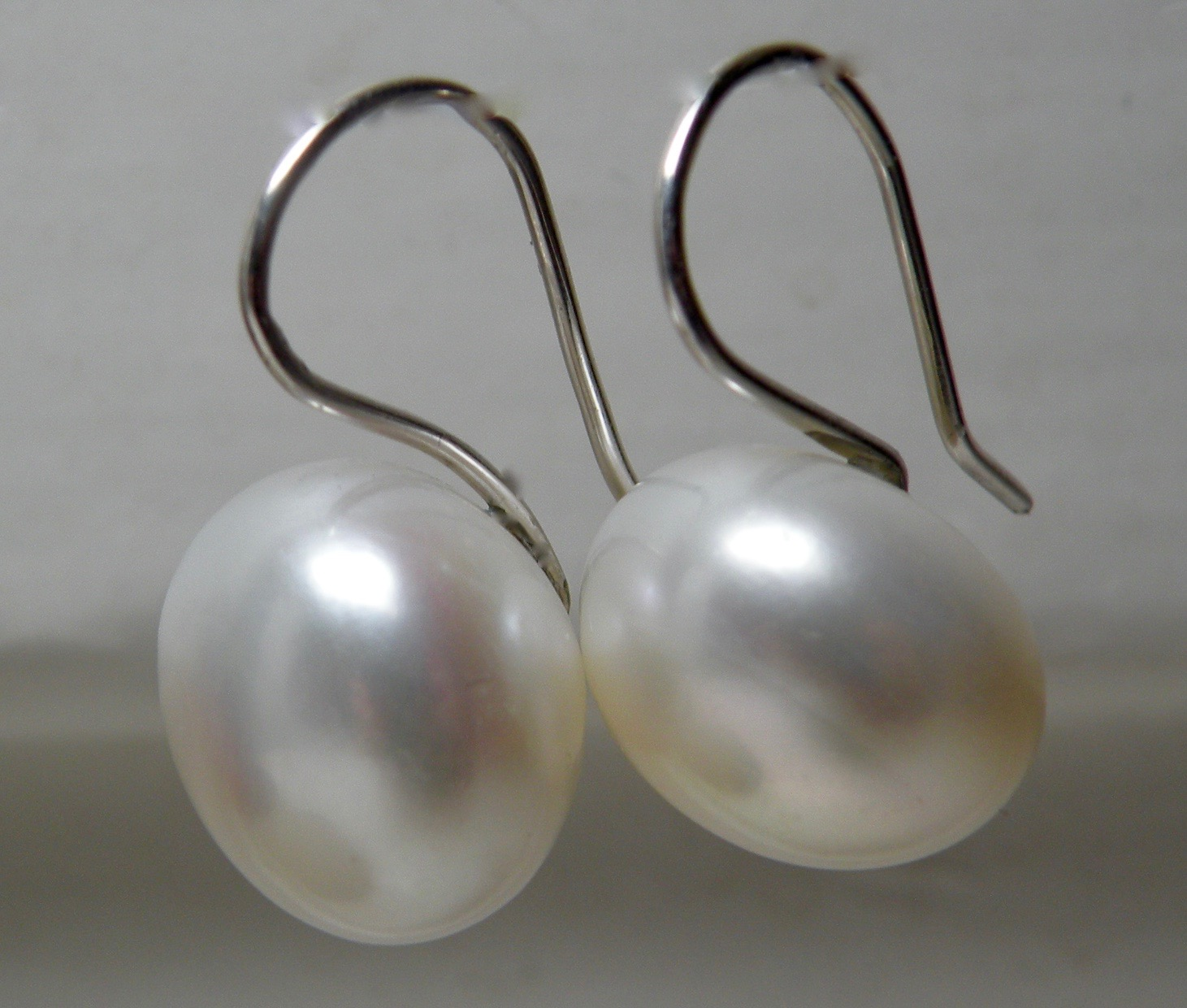 Large Freshwater Pearl Button Drops
