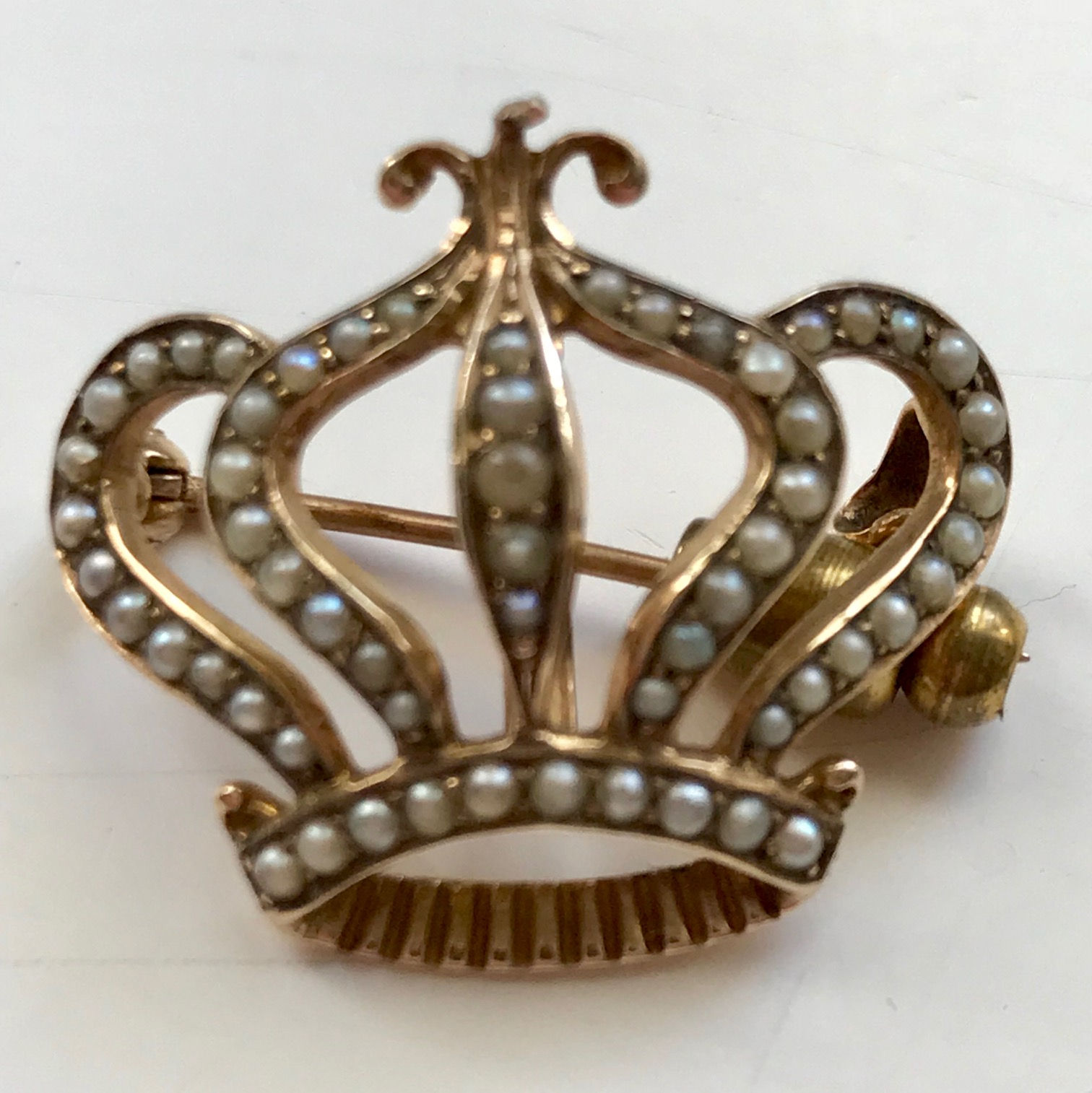 14KT Yellow Gold Crown Brooch