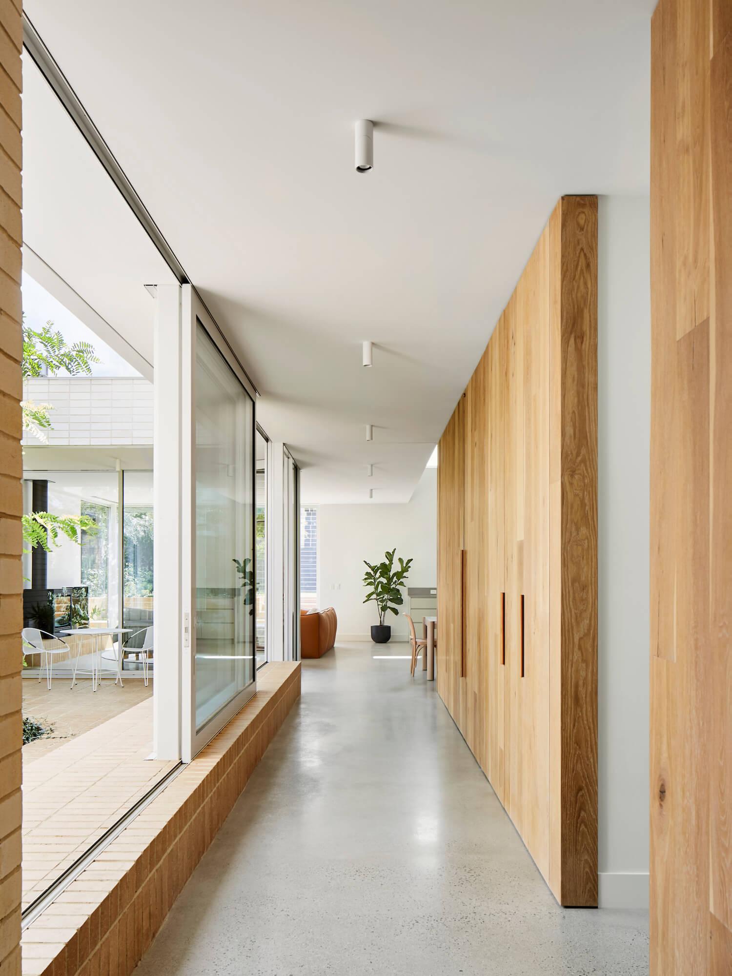 est-living-garden-room-house-clare-cousins-brickworks-1.jpg