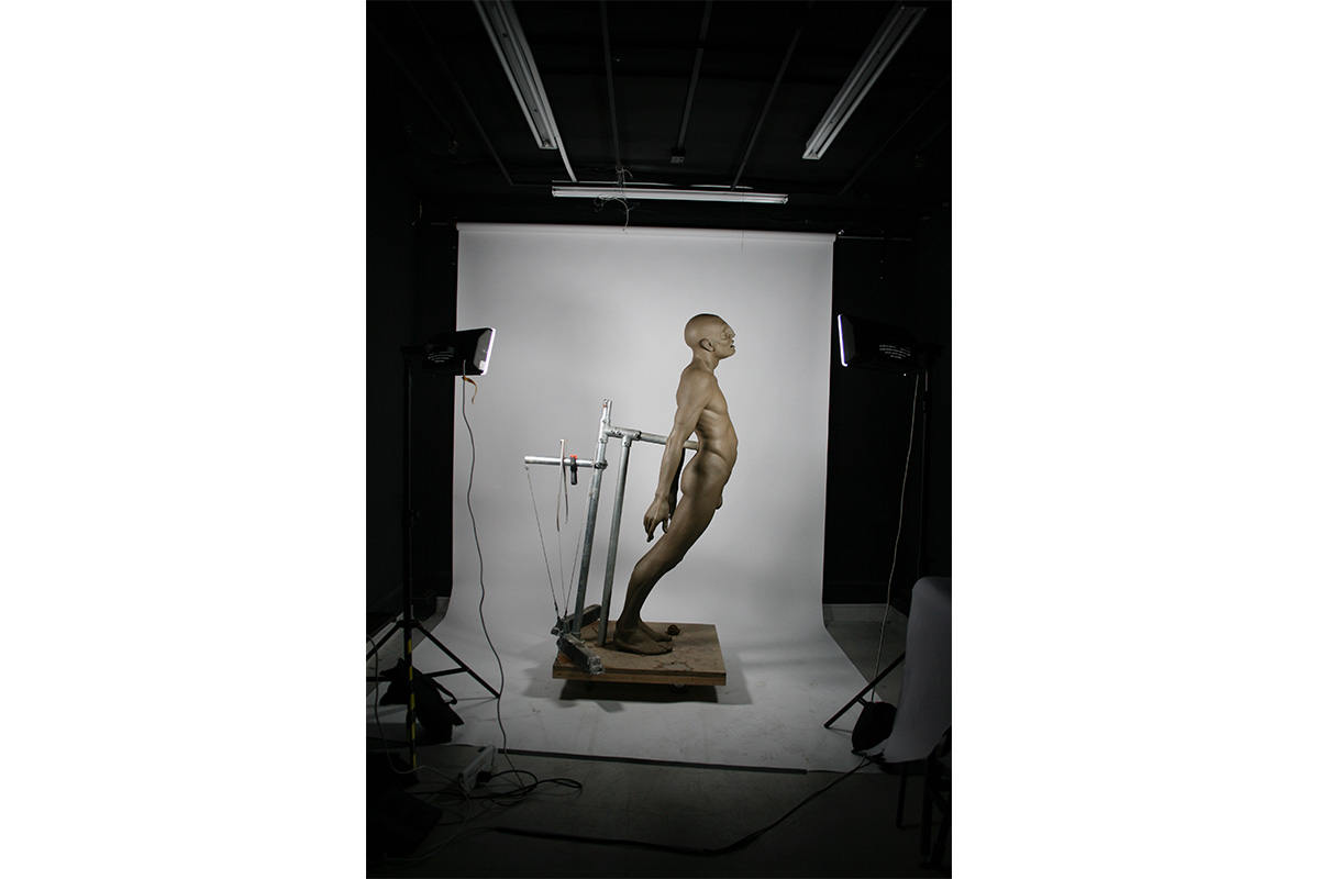 03.-Photographing-the-finished-clay-sculpture.jpg