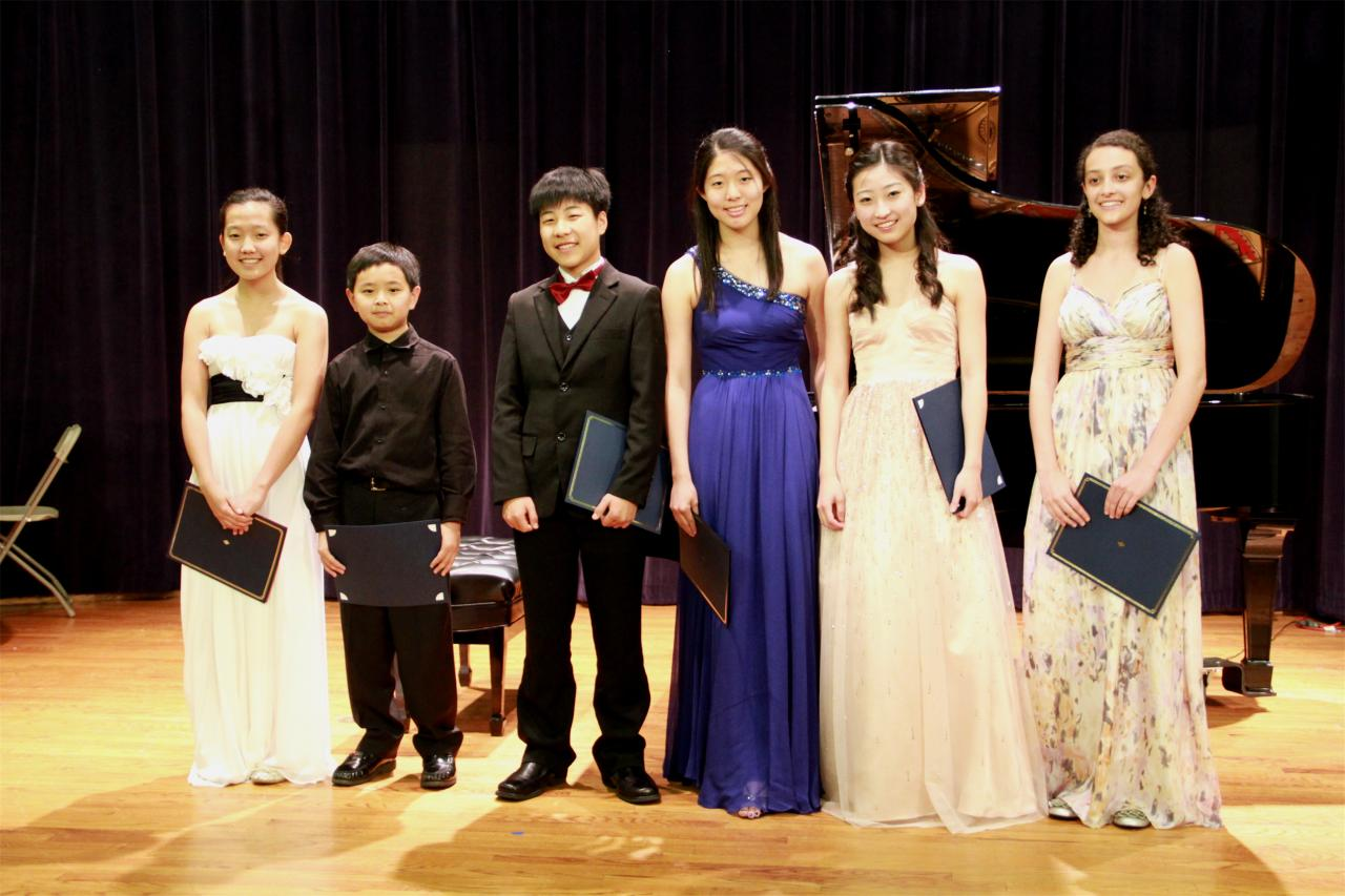 Virtuosi 2 Group_2012 photo.304144139_large.JPG