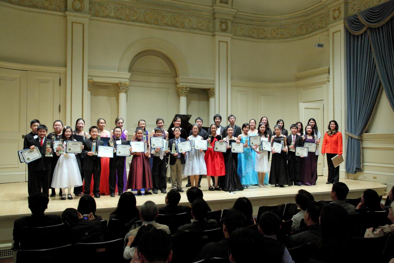 2010 1 Showcase_Group_photo.7182136_large.JPG