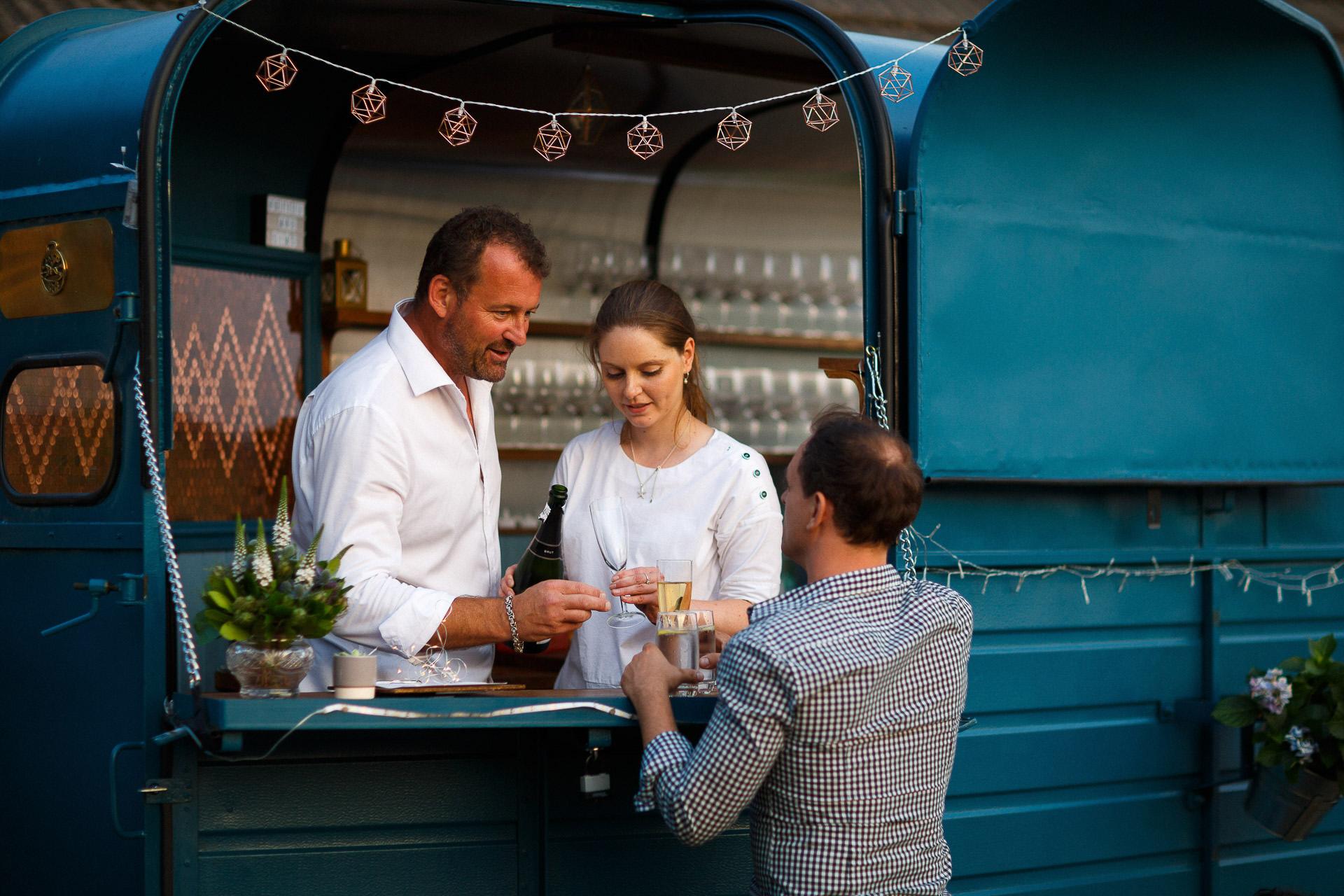Mobile Bar Hochzeit.jpg