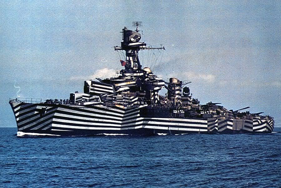 An example of a wartime ship with Dazzle pattern