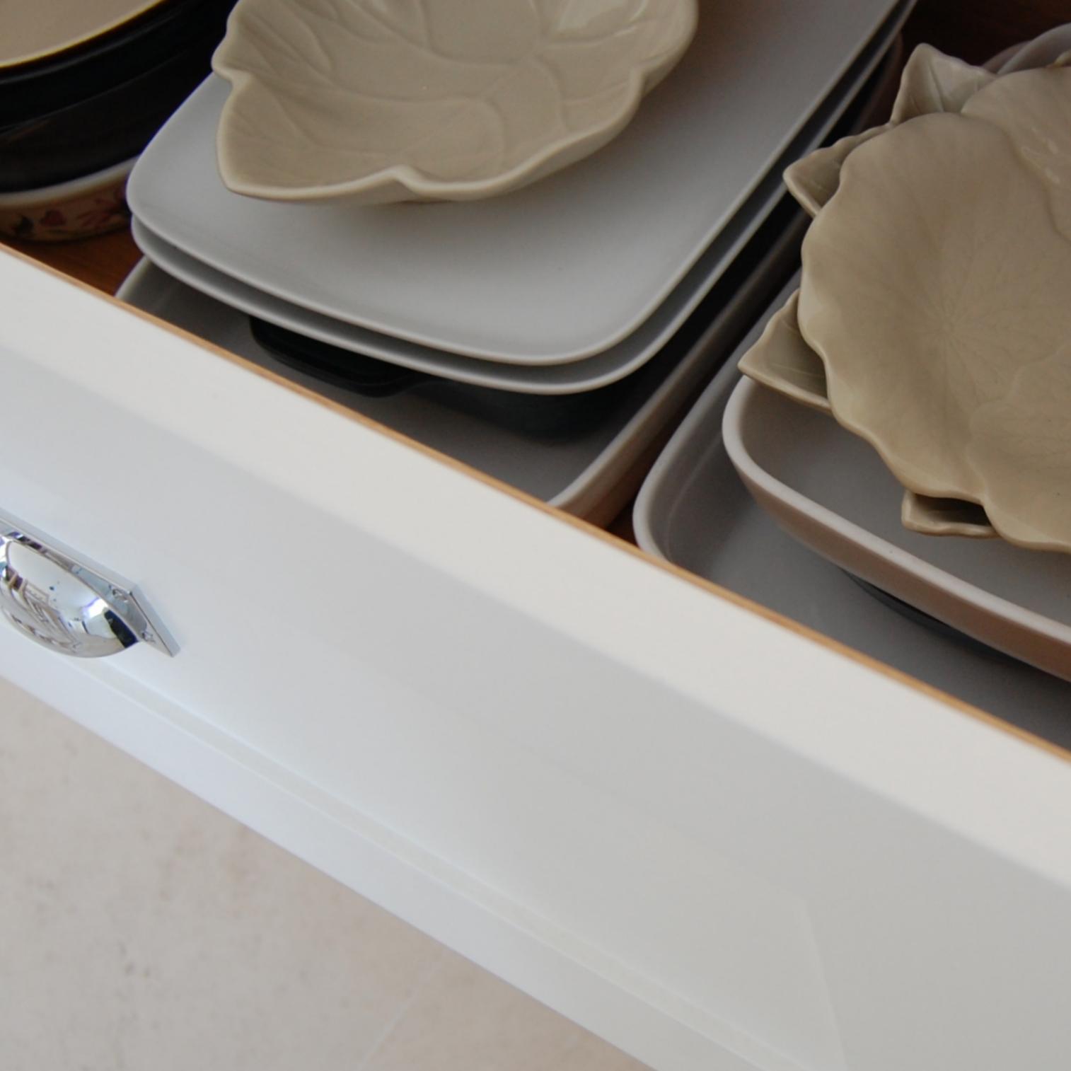 bespoke storage - crockery storage drawers.png