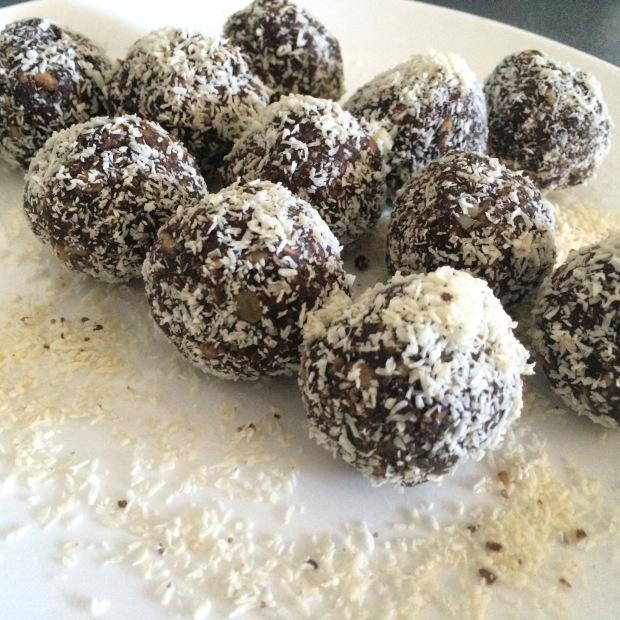 Cacao bliss balls.jpg