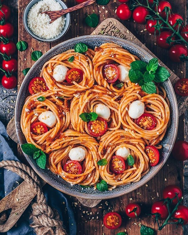 Credit to @biancazapatka : 🍝 Spaghetti noodle nests with vegan bolognese sauce, cashew mozzarella, tomatoes & vegan parmesan 😍 . . . . . . . #pasta #noodles #veganfood #bestofvegan #veganfoodporn #food #tomato #veganbolognese #vegancheese #LetsCookVegan #plantbased #lovefood #beautifulcuisines #veganbombs #f52grams #yum #foodblogger #spaghetti #nudeln #vegan #healthyfood #foodblog #thefeedfeed #veganrecipes #veganbowls #dinner #easyrecipes #foodpics #easter