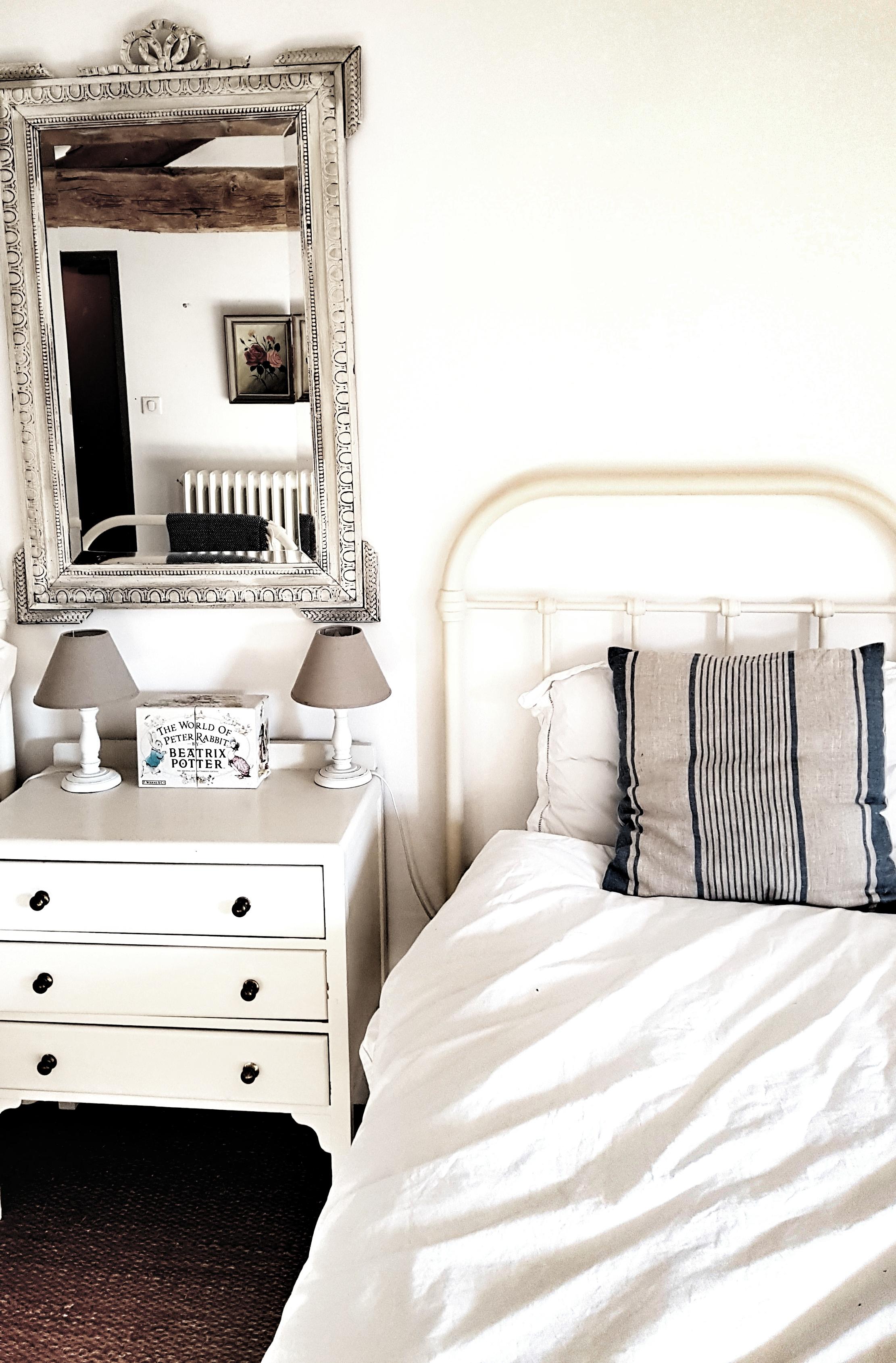 VCH Bedroom 2(3) (2).jpeg