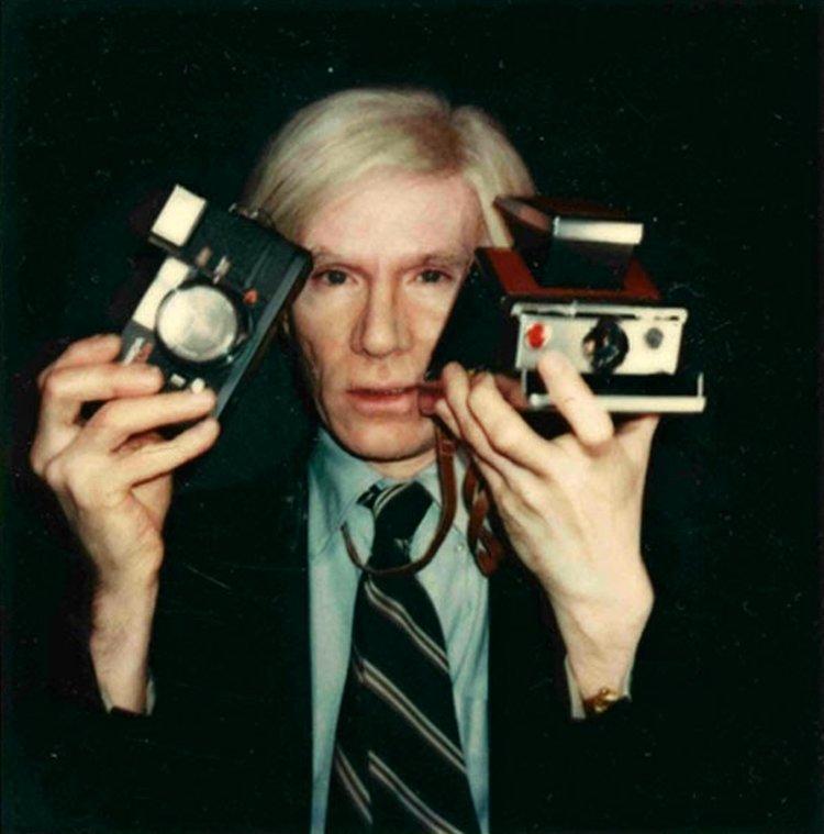 Andy Warhol與他的相機們