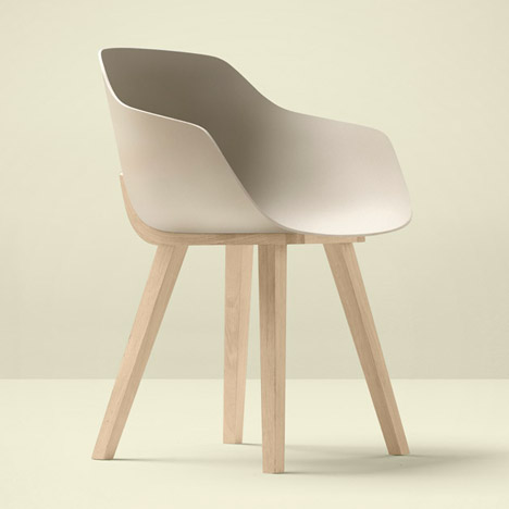 The-First-Bioplastic-Chair-devon.jpg