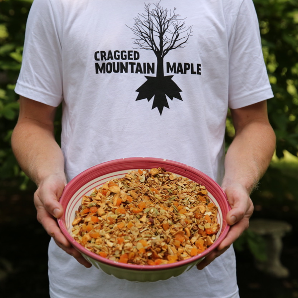 MAPLE GINGER GRANOLA -