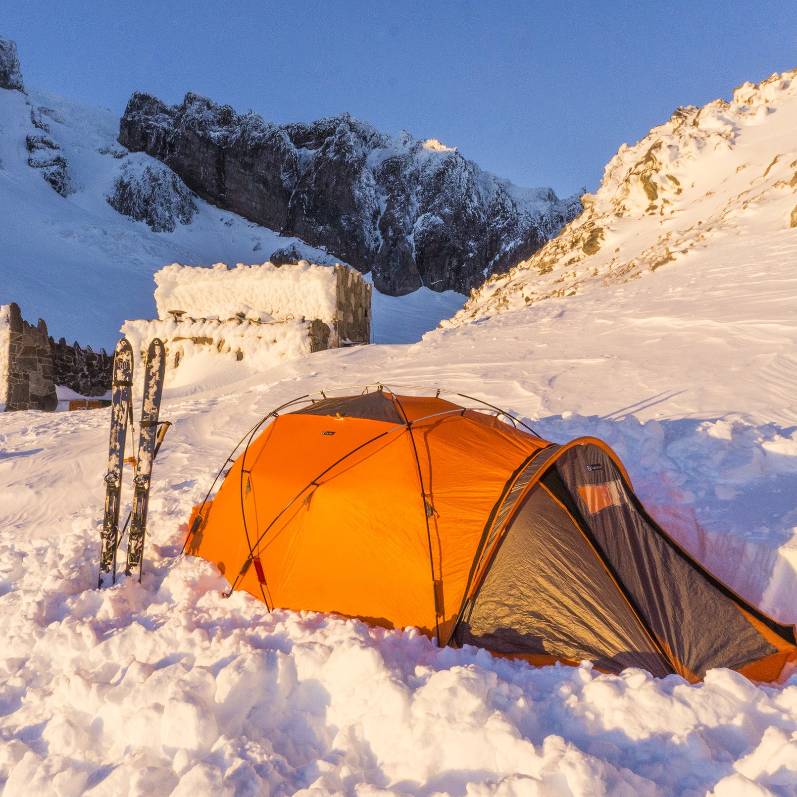 All-Weather Basecamp: NEMO Chogori 2P Mountaineering Tent Review   GearJunkie.com — April 12, 2018
