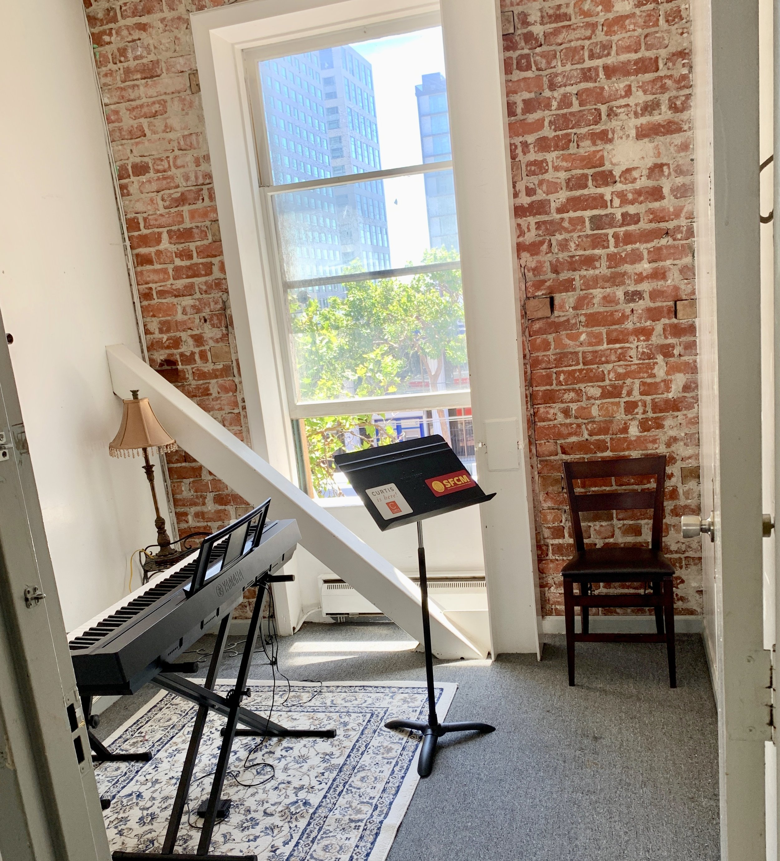 Studio 3 Uses: Lessons, practice, rehearsals for 2-3 people, meetings