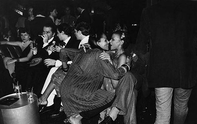 Paloma Picasso At Studio 54: Spanish fashion designer Paloma Picasso (left) and German fashion designer Karl Lagerfeld (second from left) enjoy a night out at Studio 54, New York City, 1979. #JILLSMADHATTAN