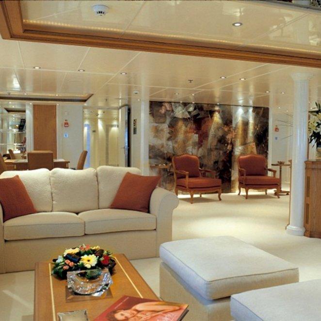 ELEGANT-007-yacht-main-salon-7.jpeg