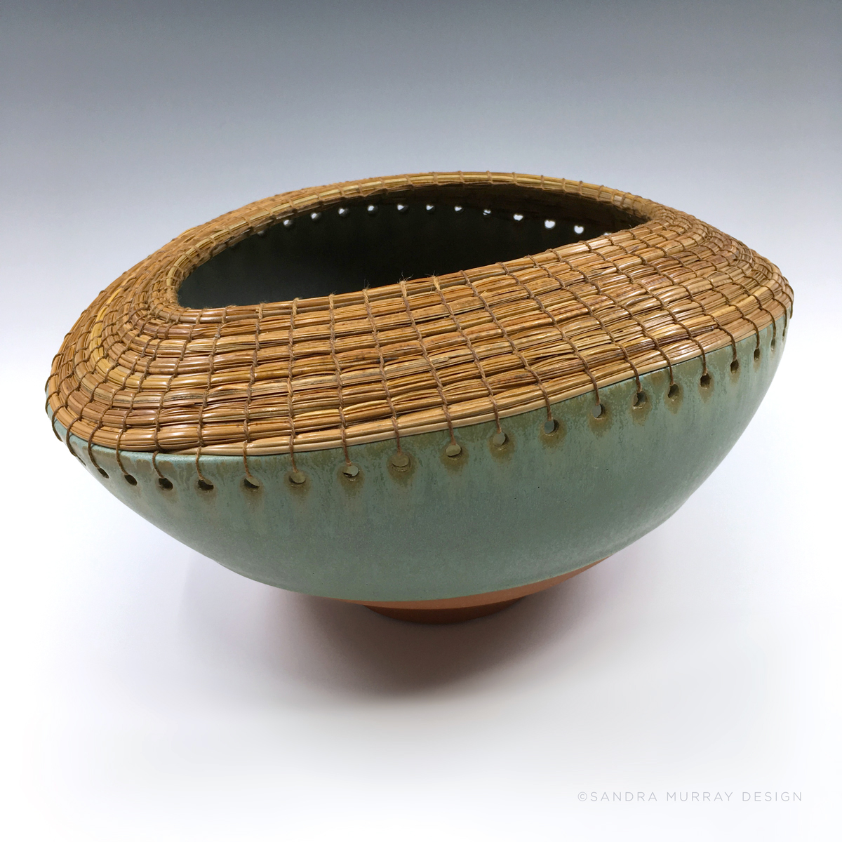Curved Elipsoid Bowl