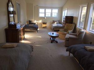 Shared-room-4-beds.JPG