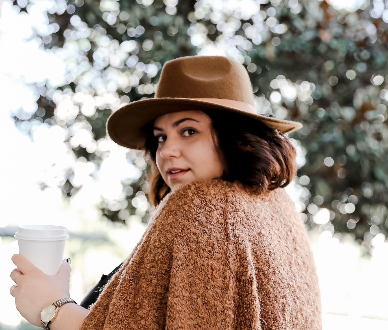 Amanda-Rivera_In-Neutrals-blogger.jpg