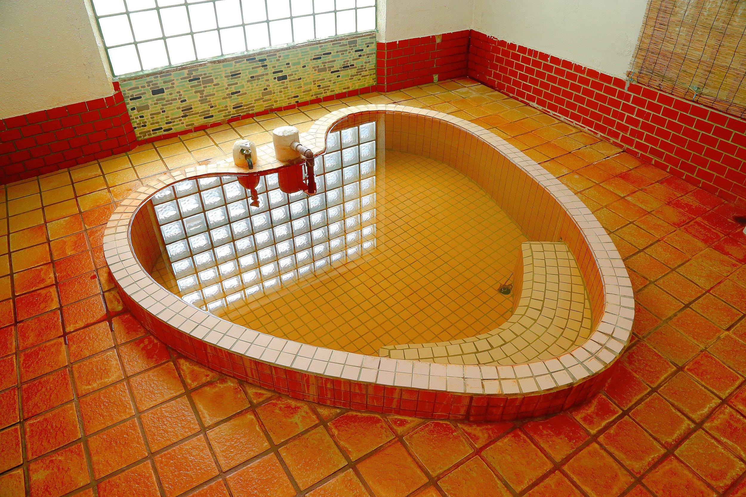 新穂潟上温泉 さぎの湯(現在は入浴できません)
