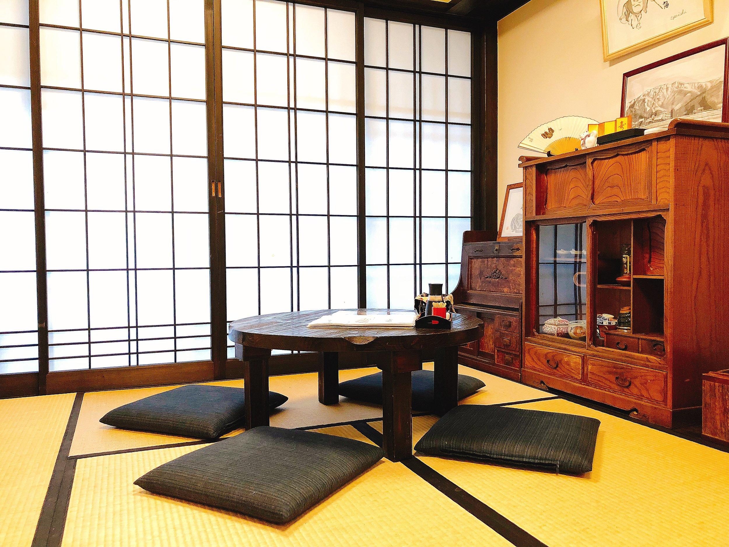 持田家の店内(1階) お座敷席