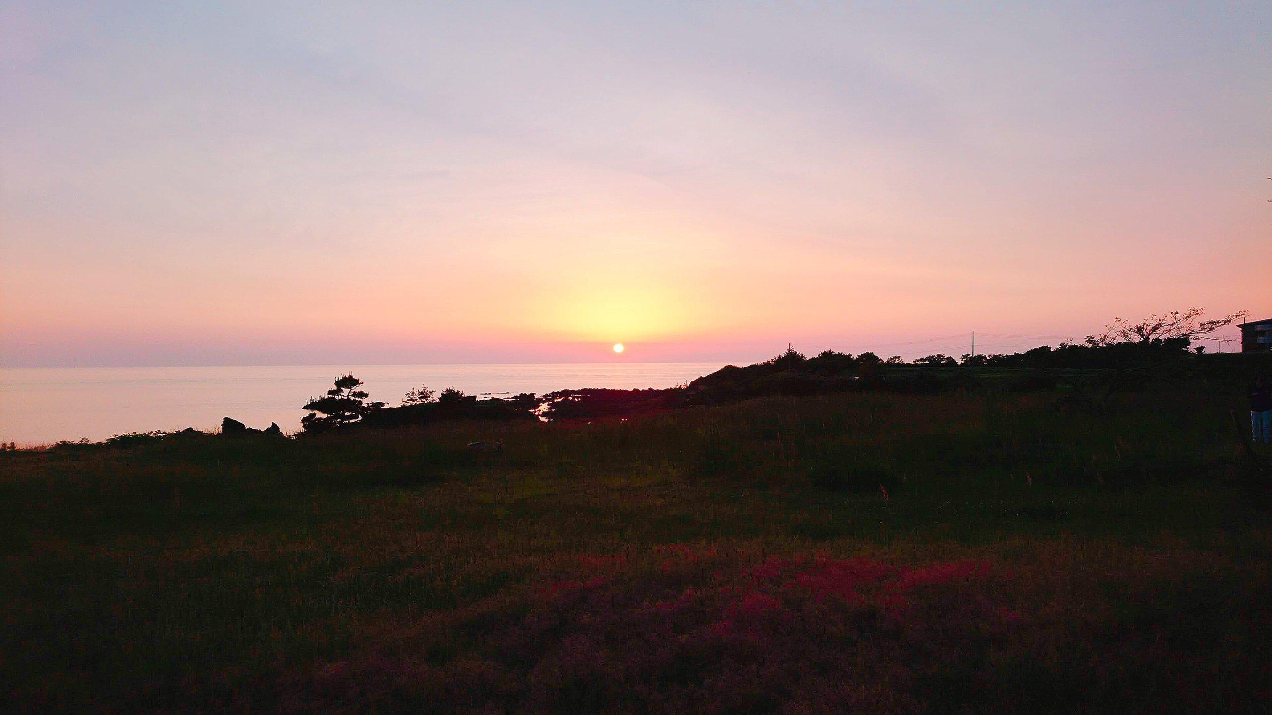 ホテル吾妻からの夕陽